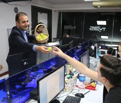 İzmir basınına 'bardacık' ikramı